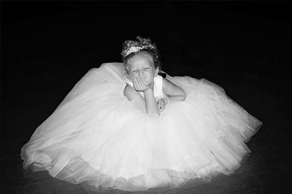 Melbourne Bridal Expos - Fun Wedding Photo Ideas - Flower Girl