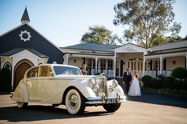 Melbourne Bridal Expos - Fun Wedding Photo Ideas - Wedding Car