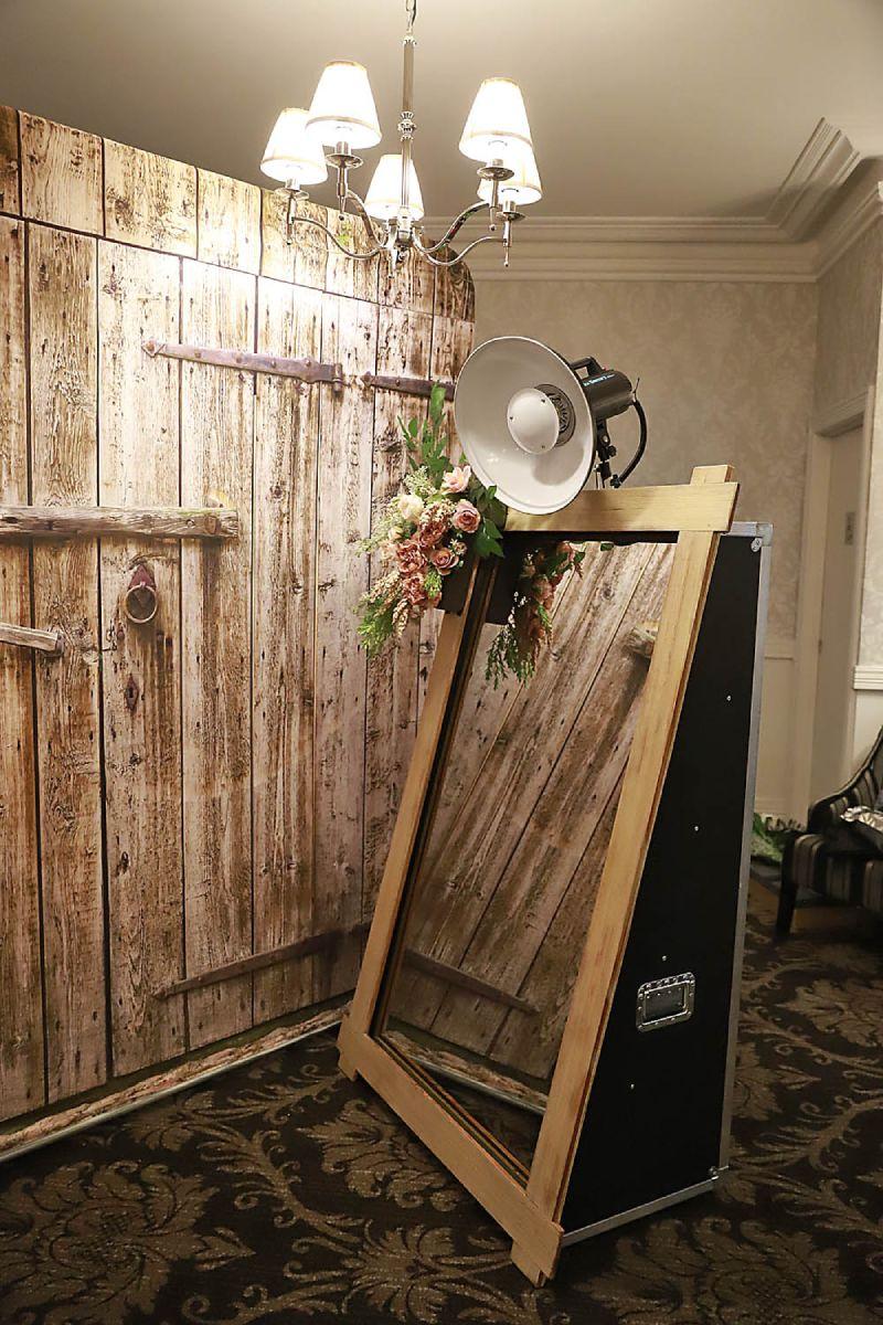 Wedding Services Melbourne Photoshoot - Mirror Booth